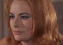 Helga Brandt, spilt av Karin Dor