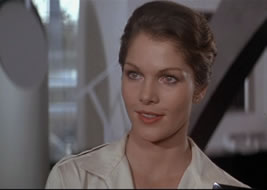 Dr Holly Goodhead (Lois Chiles)